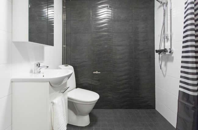 Apukka Resort, apartamento, baño