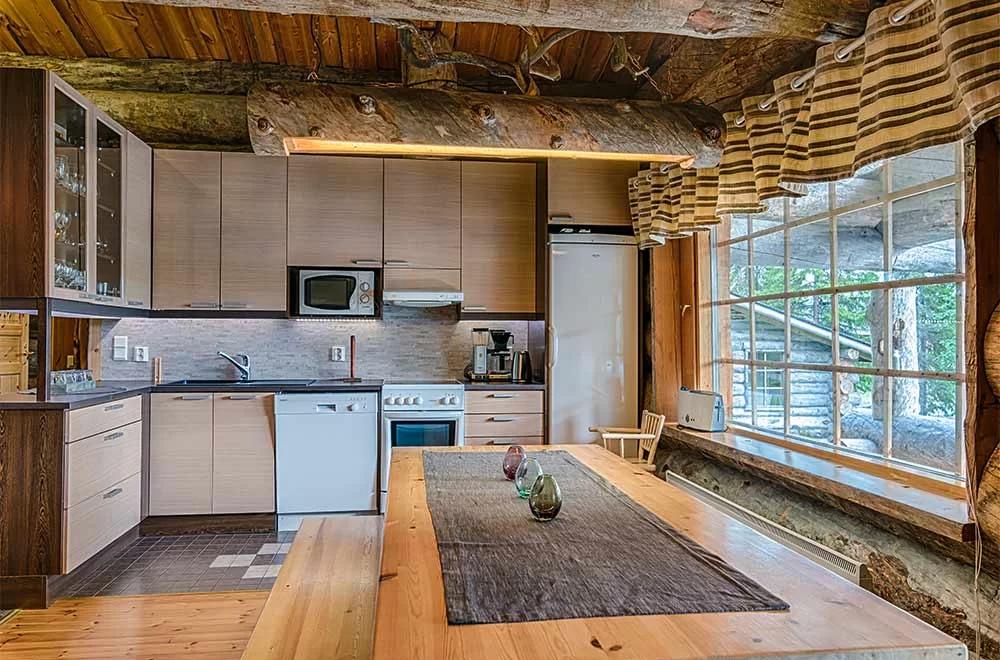 Rukan Salonki, cabañas 120 m2, cocina
