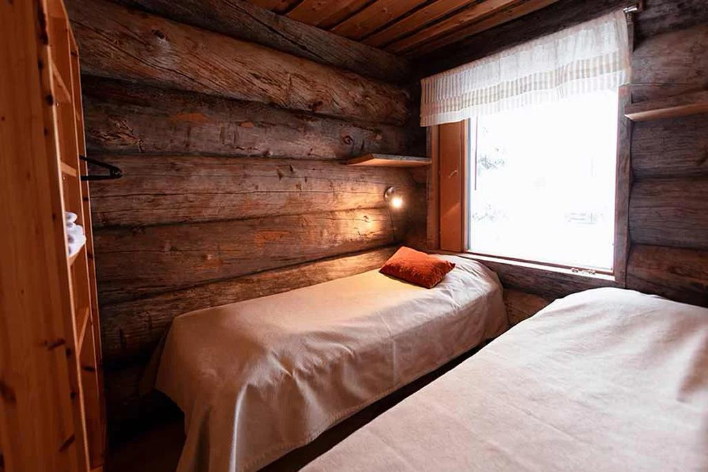 Rukan Salonki (RS4), dormitorio