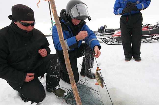 Pesca en hielo, Nellim